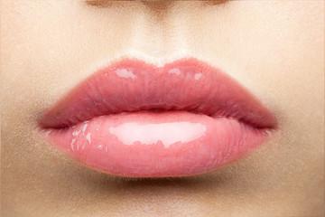 beauty glossy pink lips