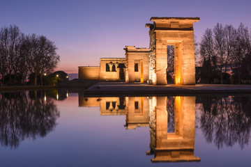 Photo sur Plexiglas Madrid Temple of Debod at night, Madrid (Spain)