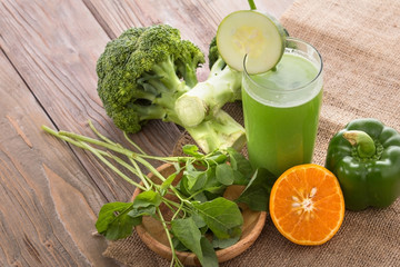 Green vegetables mix juice