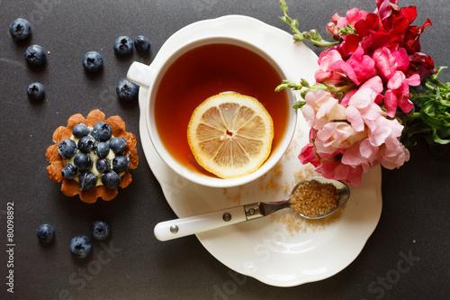 пирожные лимоны чай  № 3678311 бесплатно