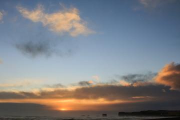 Il mare in Islanda: sole che tramonta