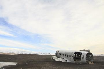 il relitto aereo precipitato in Islanda a Sólheimasandur