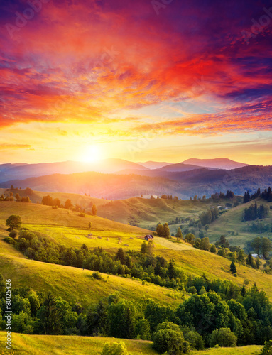 Wall mural sunny mountain landscape