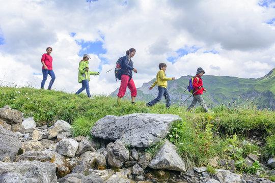 Beim Wandern in den Bergen