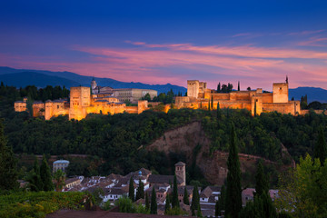 Wall Mural - Alhambra de Granada. Panoramic view at dusk