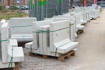 Baumaterial auf der Baustelle