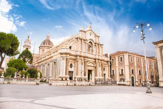 Piazza del Duomo in Catania , Sicily