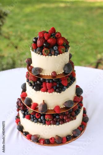 Свадебные торты с фруктами фото