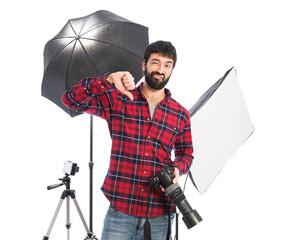 Photographer doing bad signal