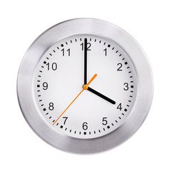 Four hours on a round clock