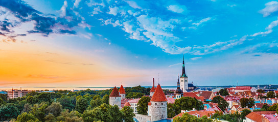 Aluminium Prints Eastern Europe Panorama Panoramic Scenic View Landscape Old City Town Tallinn I