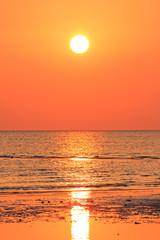 Fototapeta Golden orange sunset tropical sea background