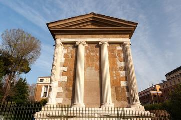 Roma Piazza Santa Maria In Cosmedin