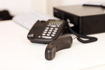Telefonhörer am Arbeitsplatz