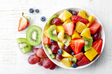 Photo sur Aluminium Fruit Fresh fruit salad