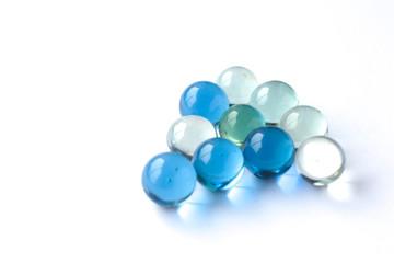 Billes de verre bleu, vert et transparent 2