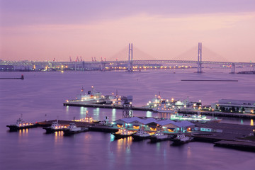ベイブリッジと港、Bay Bridge and the harbor