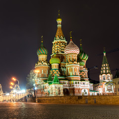 Fototapete - Saint Basil Cathedral at night in Moscow, Russia
