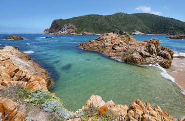 The Heads in Knysna where the lagoon enters the sea