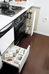 システムキッチン スライド収納 イメージ