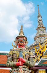 Poster Bangkok Looking up at giant statue at Grand palace, Temple of the Emeral