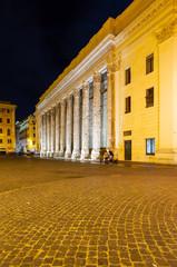 Roma Tempio Adriano