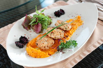 White meat patty cakes with pumpkin