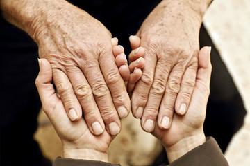 Sostegno e aiuto a persone anziane # 2