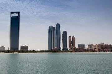 Fototapete - Corniche d'Abu Dhabi