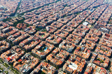 Autocollant pour porte Barcelona Aerial view of typical buildings at Eixample. Barcelona