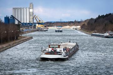 Photo Blinds Channel Main-Donau-Kanal Hafen Kanal Transport Güter Schiff