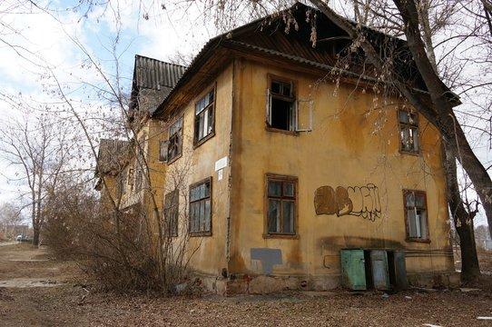 старый, дом