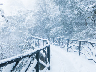The winter snow, the mountain scenery
