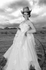 Country cowgirl wedding in black and white.