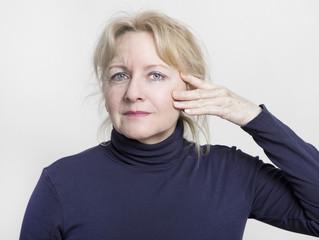 facelift ältere Frau
