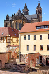 Blick vom Fürstenwall auf Altstadt mit Dom Magdeburg