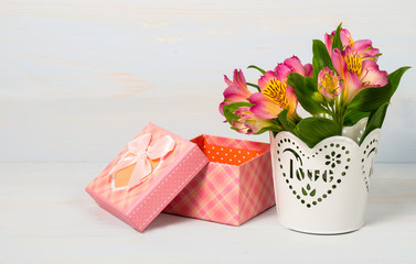 Decorative gift box and pot with flower