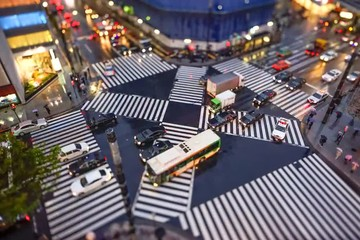 Fototapete - Belebte Straßenkreuzung in Tokyo Zeitraffer