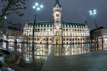hamburg city hall at night