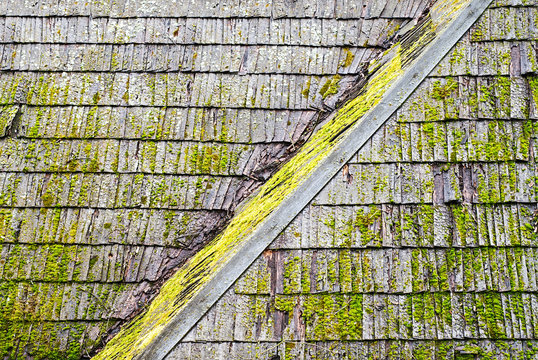 Grunge wooden shingle roof