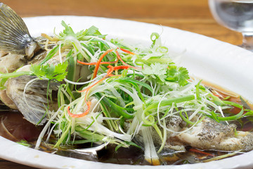 steam whole garoupa with soy sauce