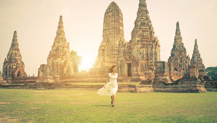 woman running in Ayutthaya