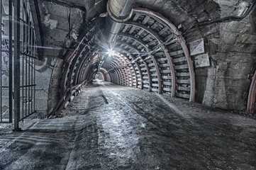 Underground Tunnel in the Mine, HDR Fototapete