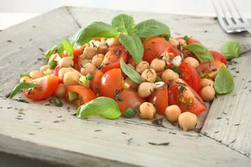 insalata orientale pomodori e ceci