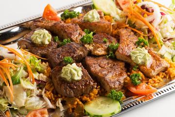 Grillteller mit viel Fleisch