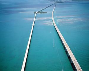 フロリダのセブンマイルブリッジ空撮