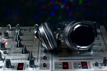 Sound Mixer with headphones