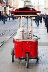 türkischer Imbissstand im Taksim-Viertel von Istanbul