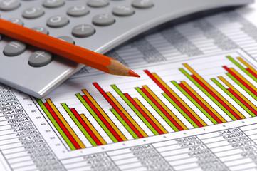 Finanzen mit Chart, Zahlentabelle und Taschenrechner