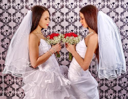 невеста и лесбиянка-рэ2